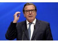 """Eski Almanya Başbakanı Schroeder: """"Kırım meselesinde hiçbir şey değişmeyecek"""""""