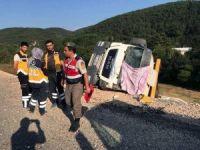 Bolu'da hafriyat kamyonu devrildi: 1 ölü