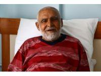 İhlas Haber Ajansı sesini duyurdu, Aile Bakanlığı o yaşlı amcaya sahip çıktı