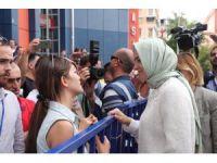 Eşi cezaevinde olan kadın, gözyaşları içinde Bakan'dan yardım istedi
