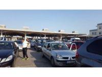 Kapıkule'de Türk işçilerin dönüş yoğunluğu devam ediyor