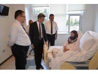 Vali Baruş, hasta şehit ailelerini yalnız bırakmadı