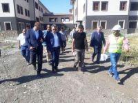 Vali Elban, Geri Gönderme Merkezi inşaatında incelemelerde bulundu