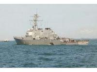 ABD savaş gemisi ile petrol tankeri çarpıştı: 10 asker kayıp, 5 yaralı