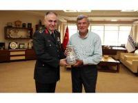 Metin Gürak'tan, Karaosmanoğlu'na veda ziyareti