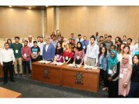 Geleceğin yönetici adayları Eyüp Belediyesi'ne misafir oldu