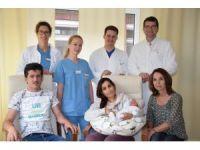 Almanya'da doğan Suriyeli bebeğe Angela Merkel adı verildi