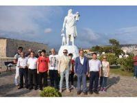 Sinop'ta Diyojen heykelinin kaldırılması için eylem