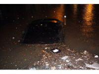 Ereğli'de otomobiller sular altında kaldı