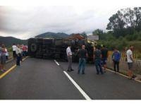 Bolu Dağı'nı trafiğe kapattı