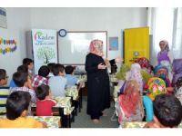 Aile Destek Merkezi uzmanları Yaz Kur'an Kursu öğrencilerine eğitim verdi