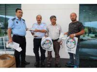 Körfez Belediyesi 30 bin adet kurban poşeti dağıttı