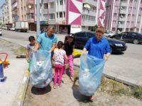 Başkan Yikit, çocuklarla çöp topladı