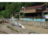 Zonguldak'ta sağanak yağmurun ardından temizlik çalışmaları başladı