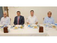 Başkan Gürkan'dan Kaymakam Yılmaz'a veda yemeği