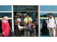 Hendek'teki kazada yaralanan 4 mevsimlik işçi Kızıltepe'ye getirildi