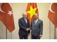 Başbakan Yıldırım, Vietnam'da onuruna verilen akşam yemeğine katıldı