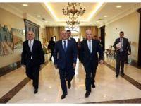 Bakan Çavuşoğlu,  Filistin Dışişleri Bakanı Malki ile görüştü