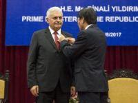 Başbakan Yıldırım'a Vietnam'da Şeref Madalyası