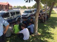 Batman otogarında 21 kaçak göçmen yakalandı