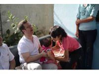 Vali Ünlü, ihtiyaç sahibi aileleri ziyaret etti