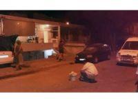 Milas'ta iki ev ve bir otomobile kurşun yağdırdılar