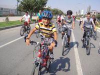 "Erzincan'da ""Cemil Atalay Ekşisu Bisiklet Turu"" düzenlendi"