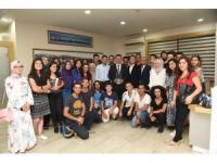 Başkan Yılmaz, Cumhurbaşkanı Erdoğan'dan aldığı ödülü gençlerle paylaştı