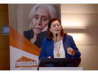 ''Türkiye'de yaklaşık 600 bin Alzheimer hastası, yaklaşık 1 milyon demans hastası var''