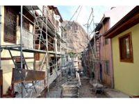 Tarihi binaların bulunduğu sokaklarda restorasyon çalışması başladı