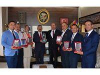 Türkiye birinciliği getiren proje ekibine ödül