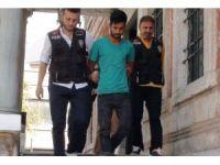 Suriyeli çocuğu öldürüp cesedi çöp konteynerine atan zanlı adliyeye sevk edildi