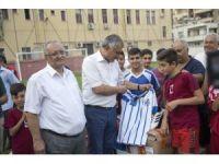 Seyhan Belediyesi'nden amatör spor kulüplerine malzeme desteği