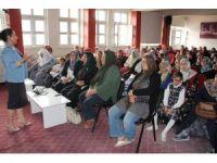 Van'da 'Kadın Sağlığı ve Hijyen' konulu seminer