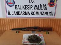 Bandırma'da esrar operasyonu