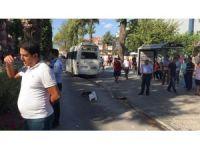 Milas'ta öğrenci servisi ile otomobil çarpıştı: 1 yaralı