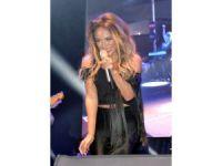 Ziynet Sali Kardeş Kültürler Festivali'nde konser verdi