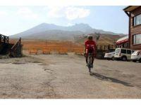 Cumhurbaşkanlığı Bisiklet Turu'na Erciyes'te hazırlanıyor