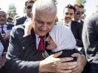 Başbakan Yıldırım cuma namazını Hacı Bayram Camii'nde kıldı