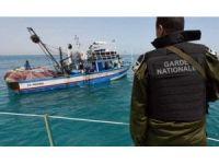 Tunus Deniz Kuvvetleri Akdeniz'de 78 mülteciyi kurtardı