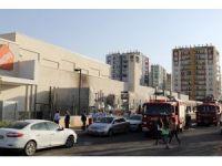 AVM'de yangın paniğe neden oldu