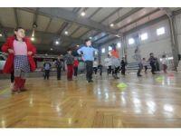 Halk dansları için kayıt zamanı