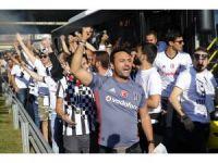 Beşiktaş taraftarı Ülker Stadı'na geldi