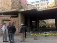 12 yaşındaki çocuk yıkılan duvarın altında kaldı