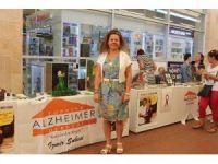 Şeker pastalarla Alzheimer hastalığına dikkat çekildi