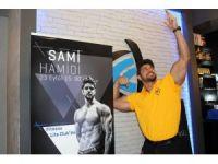 KKTC erkek güzeli ve ünlülerin fitness eğitmeni Sami Hamidi, Kayseri'de