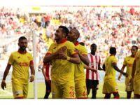 Süper Lig: D.G Sivasspor: 2 - Göztepe: 3 (Maç sonucu)
