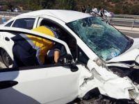 Edremit yolunda korkutan kaza: 2 yaralı