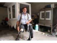 64 yaşındaki engellinin ekmek teknesini çaldılar