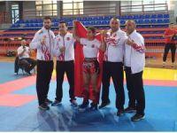 Haliliyeli Gökçe kickboks Balkan şampiyonu oldu